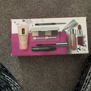 Clinique makeup set brand new